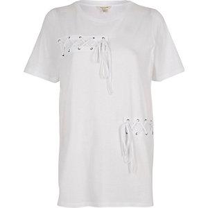 T-shirt boyfriend blanc lacé devant