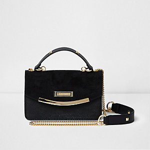 Black cross body chain bag