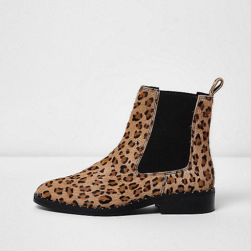 Chelsea-Stiefel aus Leder mit Leopardenmuster in Beige