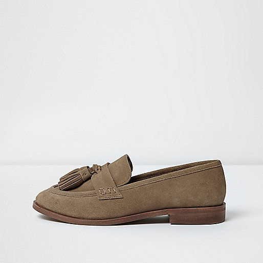 Light brown wide fit suede tassel loafers