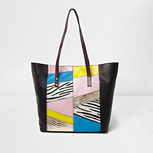 Zwarte leren handtas met zebraprint en zij-inzetten