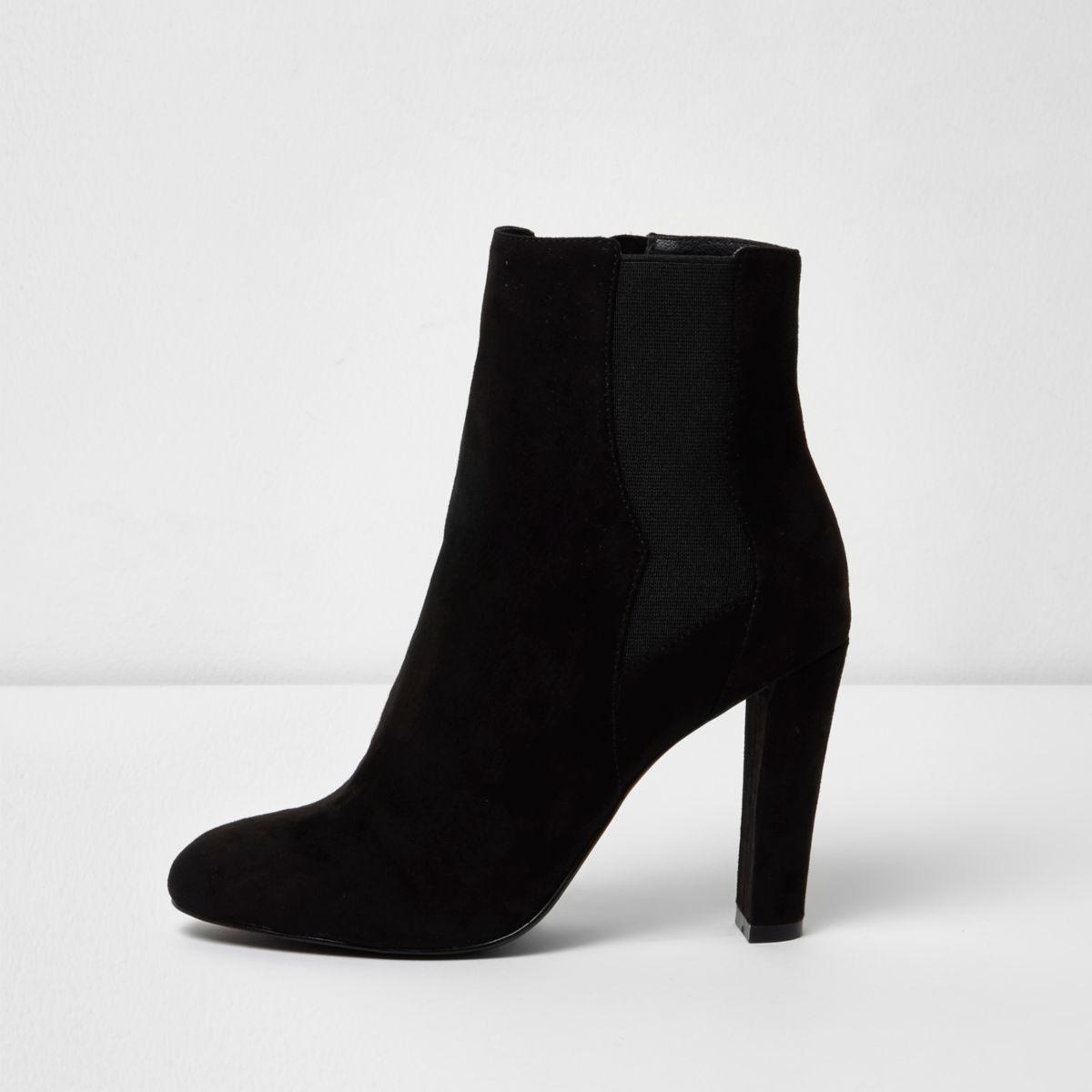 Schwarze Chelsea-Stiefel mit Absatz