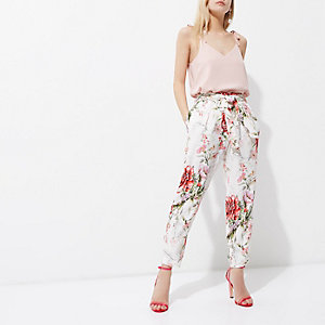Petite cream floral print tapered trousers