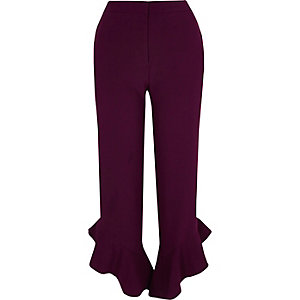 Red frill hem straight leg cropped trousers