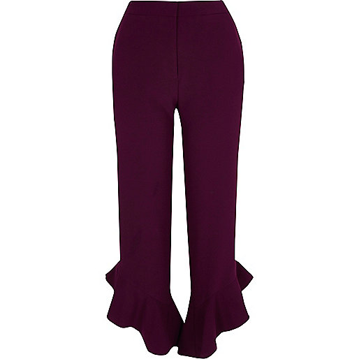 Red frill hem straight leg cropped pants