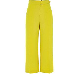 Jupe-culotte jaune avec ceinture