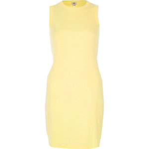 Yellow lace-up back bodycon dress