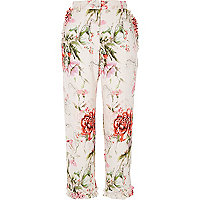 Pantalon droit court à fleurs rose