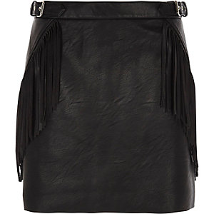 Black fringed buckle faux leather mini skirt