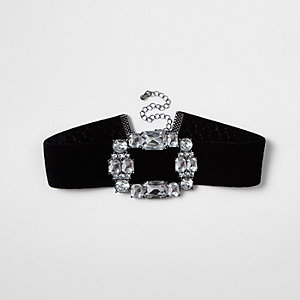 Black velvet diamante brooch choker