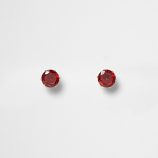 Gold tone ruby rhinestone stud earrings