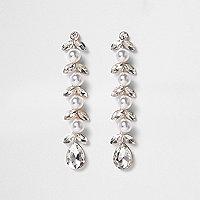 Pendants d'oreilles argentés à perles motif feuillage