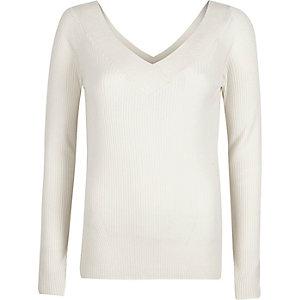 White rib knit V neck sweater