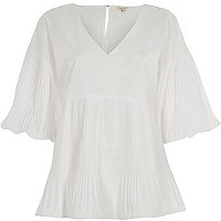 White pleated V neck puff sleeve top