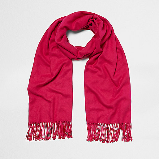Bright pink blanket scarf