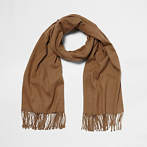Light brown blanket scarf