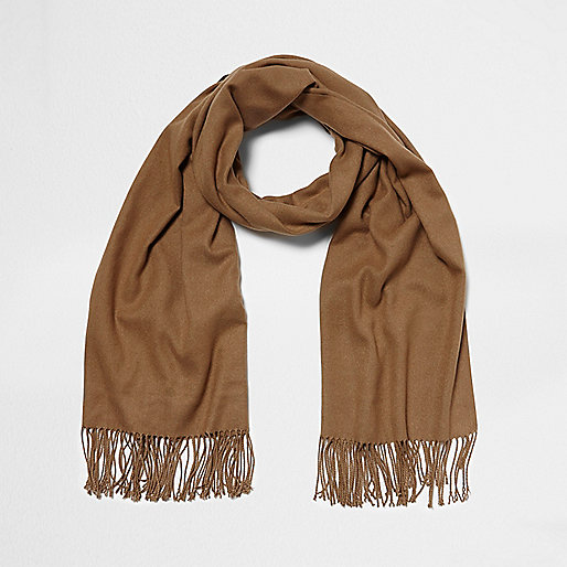Light brown blanket scarf