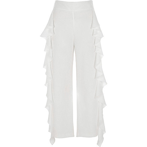 White frill crop wide pants