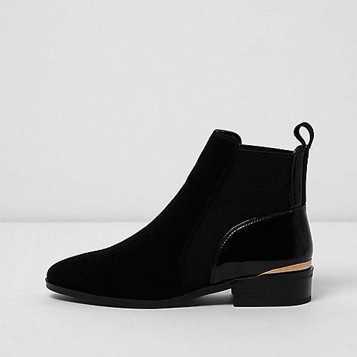 schwarze chelsea stiefel aus wildleder stiefel schuhe stiefel damen. Black Bedroom Furniture Sets. Home Design Ideas
