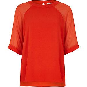 Rotes Chiffon-T-Shirt mit Raglanärmeln