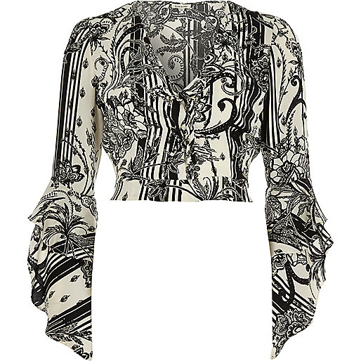 Black floral print wrap frill sleeve crop top