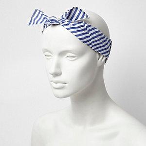 Wit met blauw gestreepte bandana