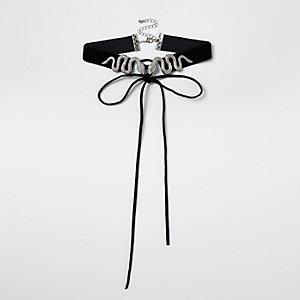 Zwarte fluwelen chokerketting met slangen- en corsetdetail