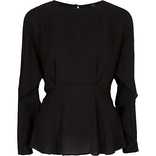 Zwarte blouse met lange mouwen en ruches