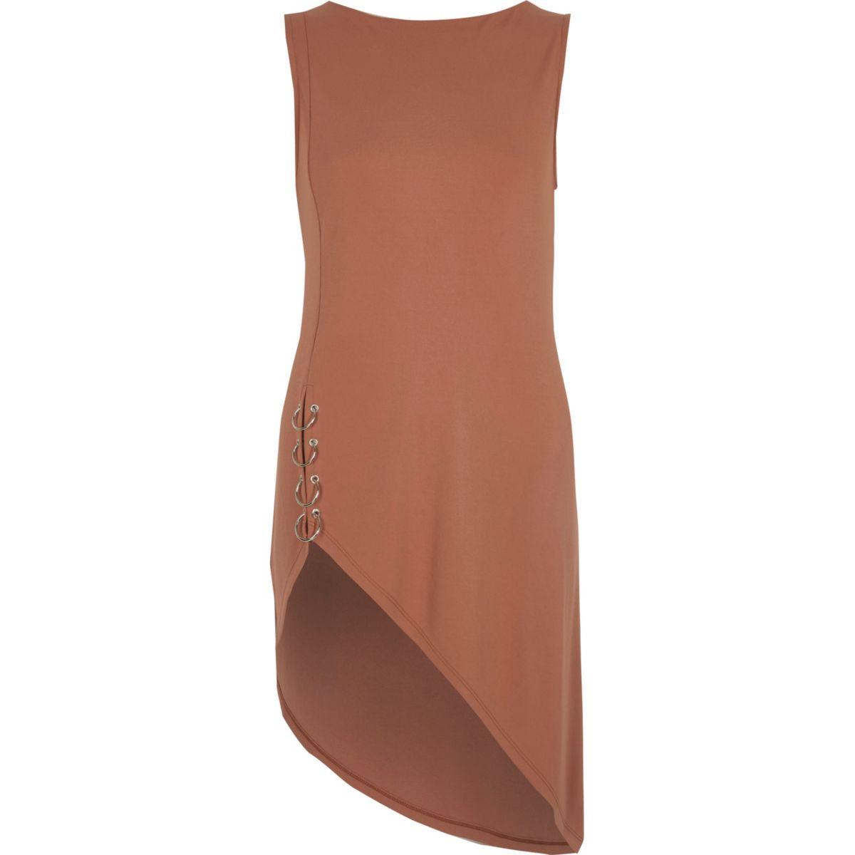 Pink sleeveless asymmetric hem ring top