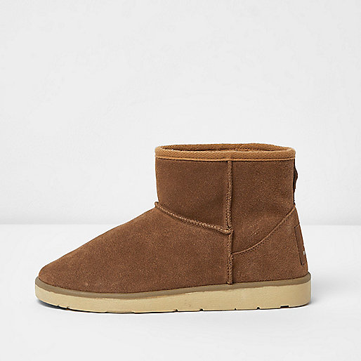 Tan suede faux fur lined short boots