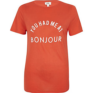 Red 'Bonjour' print fitted T-shirt