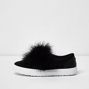 Black wide fit fluffy slip on plimsolls