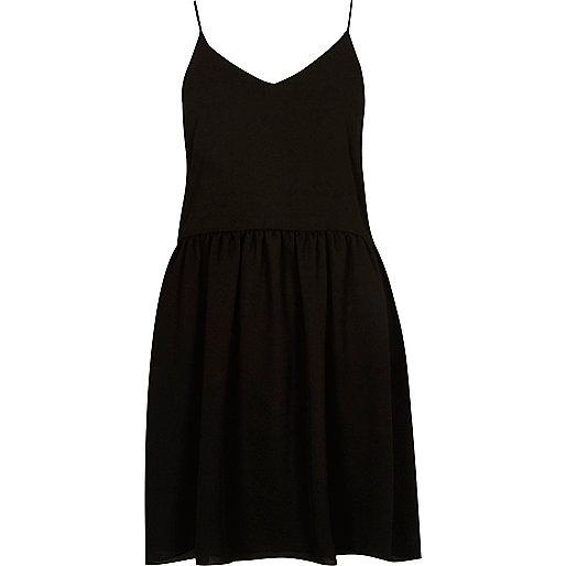 Zwarte cami slipdress met verlaagde zoom