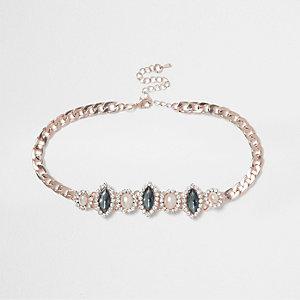Collier ras-de-cou doré avec perles et pierres