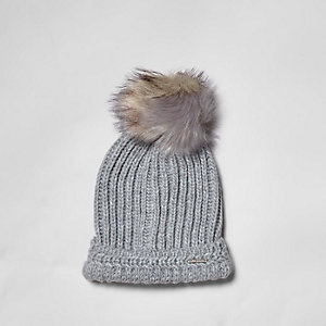 Grey split color faux fur bobble beanie hat