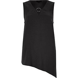 Black ring front asymmetric hem vest