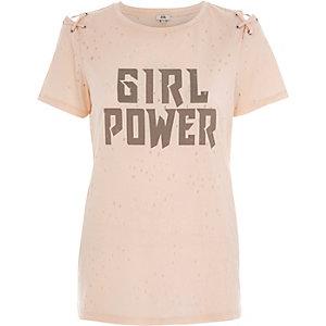 Beige T-shirt met vetersluiting en 'girl power'-print