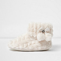 Cream quilted faux fur pom pom boot slippers
