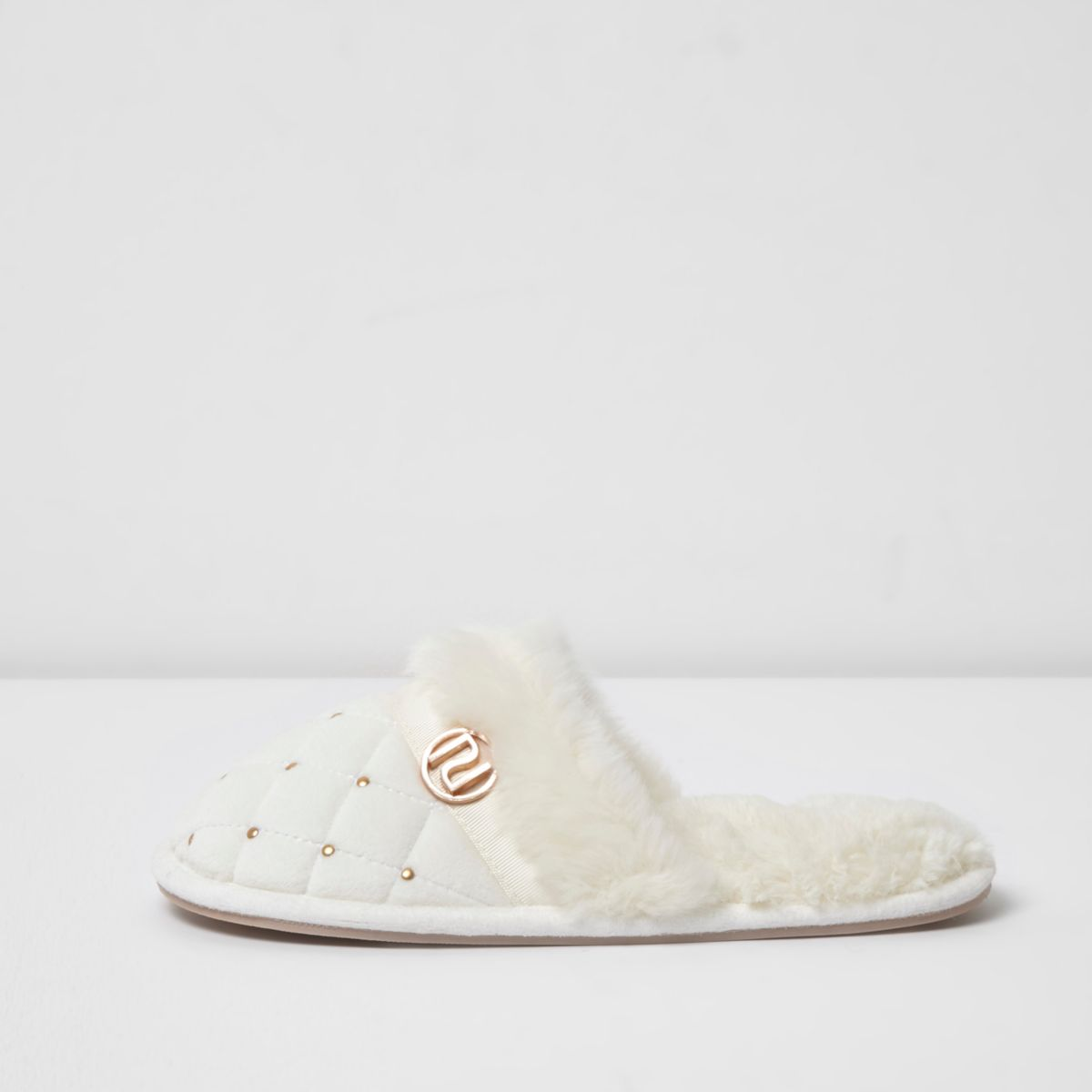 Cream quilted fluffy embellished slippers