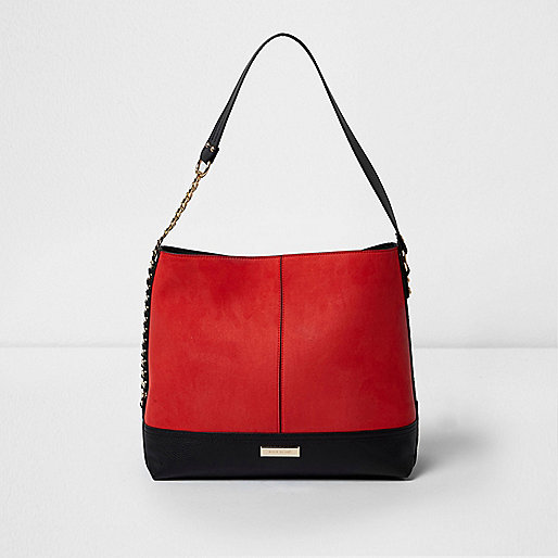Red chain side underarm slouch bag
