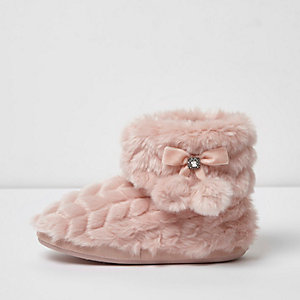 Pink quilted fluffy boot slippers