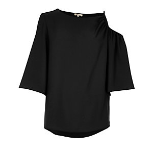 Black cut out shoulder short sleeve top