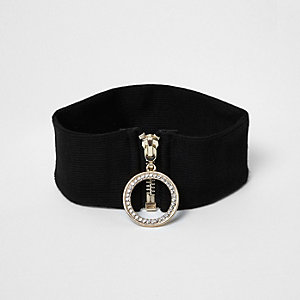 Black '90s ring zip choker