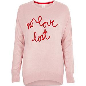 Roze gebreide pullover met 'No love lost'-slogan