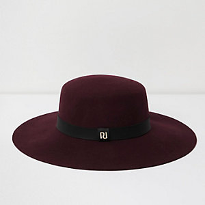 Dark red wide brim fedora hat
