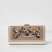 Porte monnaie beige avec fleurs 3D et fermoir clip