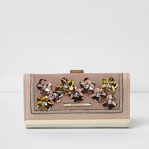 Beige portemonnee met druksluiting en 3D bloem