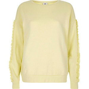 Light yellow frill sleeve sweatshirt