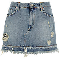 Mid blue frayed hem denim mini skirt