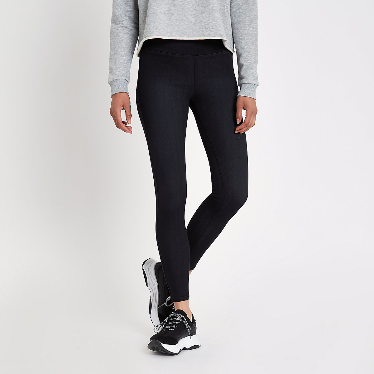 Schwarze Leggings mit hohem Bund